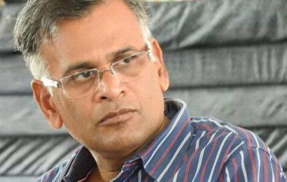 எழுத்தாளர் ஜெயமோகன் மீது திமுக பிரமுகர் தாக்குதல்!